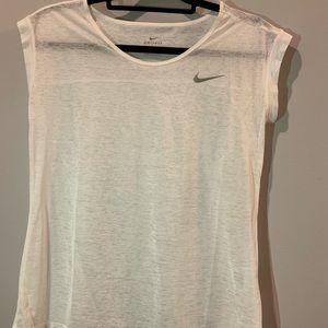 Short sleeve Nike t